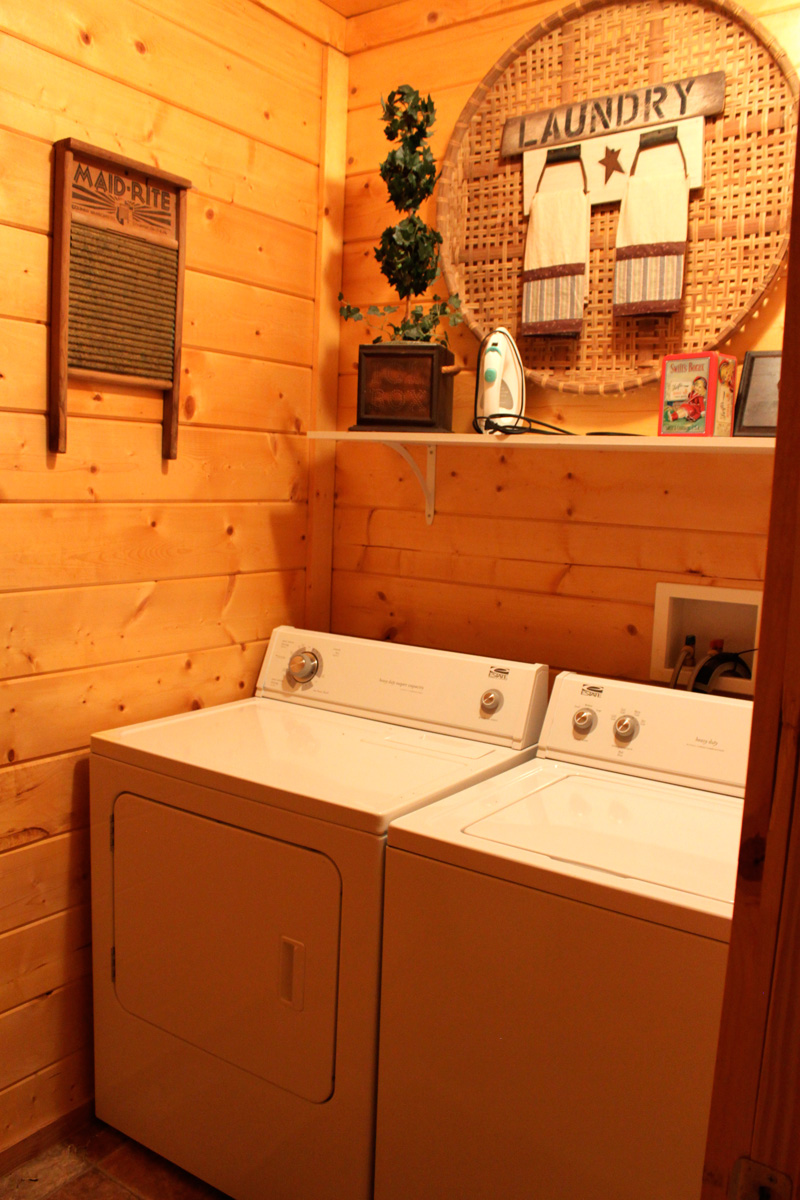 Guest-Laundry-Room